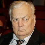 Михаил Державин поддерживал близких Спартака Мишулина после его смерти