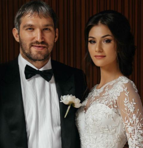 Овечкин и Шубская, Шурыгина и звезды «Дома-2»: главные свадьбы 2017 года