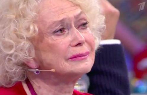 Светлана Немоляева до сих пор оплакивает умершего мужа