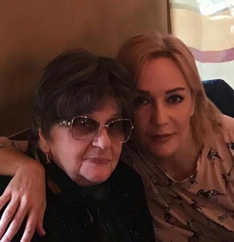 Татьяна Буланова раскрыла причину смерти мамы