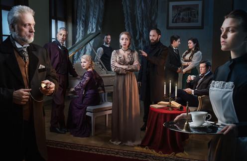 В Москве презентовали театральный сериал в иммерсивном формате «Дом 19|07»
