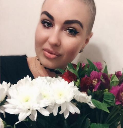 Елена Степунина спасает 20-летнюю онкобольную девушку