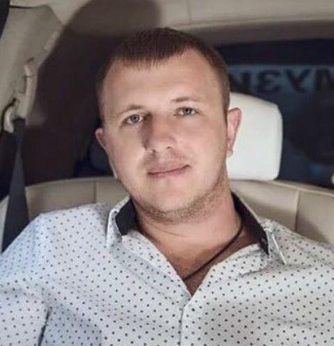 Илья Яббаров помирился с Ольгой Рапунцель после скандала с отцовством