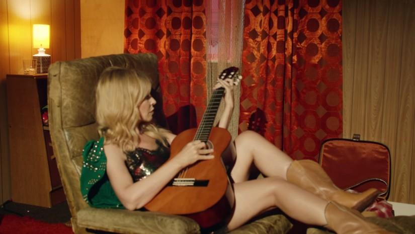 Kylie Minogue — Dancing, новый клип