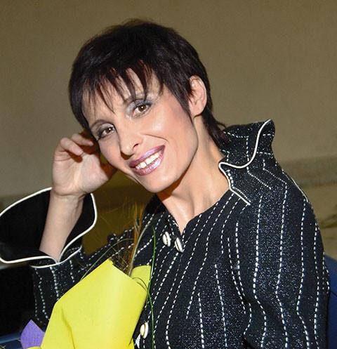 На тяжелобольной звезде «Аншлага» Светлане Рожковой пытаются нажиться экстрасенсы