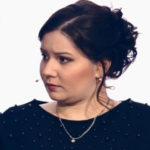 Родившая в 11 лет Валя Исаева избила будущую невесту мужа