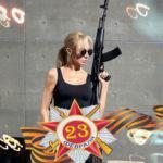 32815 Звезды шоу-бизнеса по-своему поздравили защитников Отечества