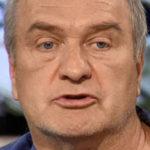 35058 Александр Балуев признался, что пытается избавиться от детских комплексов