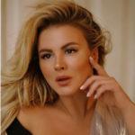 Анна Семенович девушкам: «Не бегайте за мужчинами с надписью «свободная касса» в глазах»