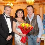 Клара Кузденбаева отметила день рождения в столичном ресторане
