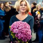 Любовь Успенская подает в суд на оскорбившую ее стюардессу