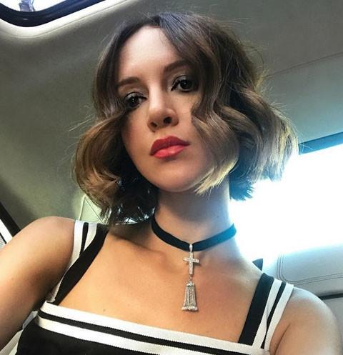 Жена Сергея Шнурова рассказала о сложных отношениях с родным отцом