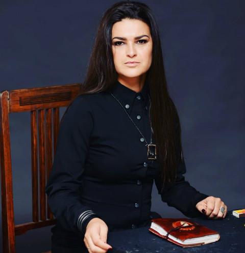 Звезда «Битвы экстрасенсов» Виктория Райдос вновь стала мамой