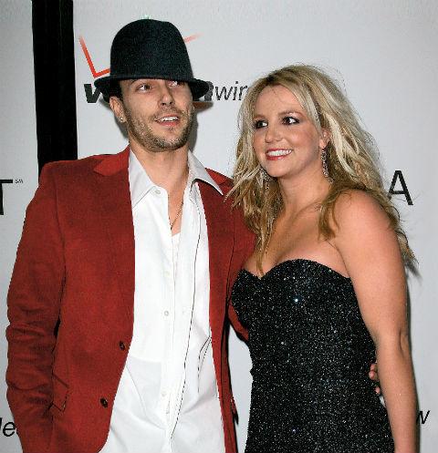 Бывший муж Бритни Спирс затребовал у певицы повышенные алименты