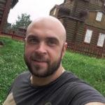 Глеба Жемчугова раскритиковали за новую девушку