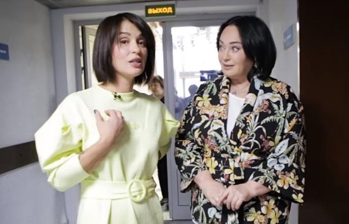 35479 Ведущая Первого канала показала закулисье шоу «Давай поженимся»