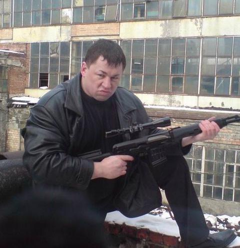 Актера из сериала «Мент в законе» задержали за грабеж квартиры