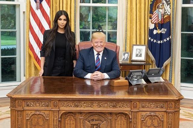 Ким Кардашьян встретилась с Дональдом Трампом в Белом доме