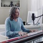 Маликов, МакSим и Воробьев записали неожиданные каверы на популярную песню