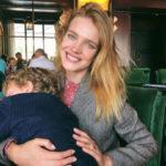 Наталья Водянова оставила детей ради ретро-вечеринки с мужем