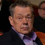 38600 Николая Караченцова госпитализировали после химиотерапии