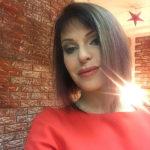 37426 Полуобнаженная Наталья Штурм открыла пляжный сезон в Испании