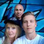 Сын Валерии стал продюсером швейцарского артиста-инвалида