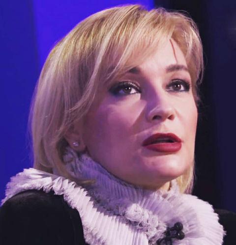 Татьяна Буланова пытается забыть развод в объятиях молодого актера