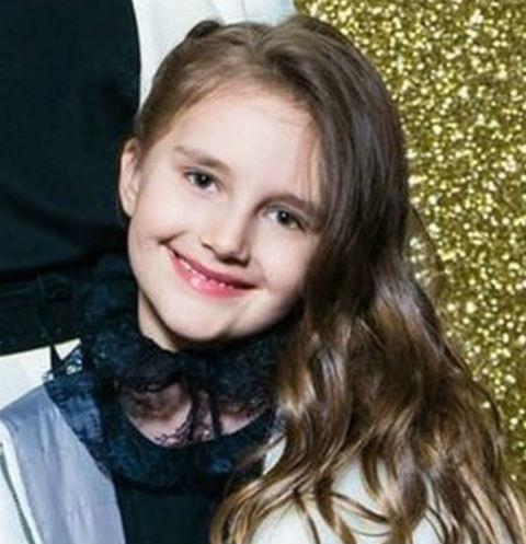 Юная дочь Кристины Орбакайте села за руль