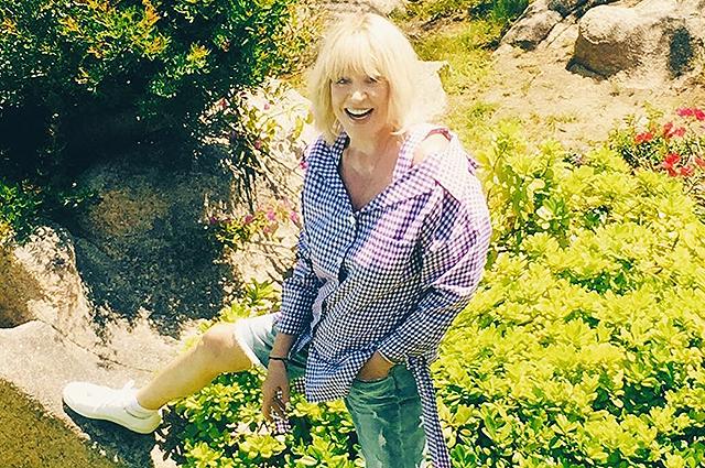 """40281 69-летняя Алла Пугачева в шортах поразила поклонников внешностью: """"Ей на вид 36 лет!"""""""