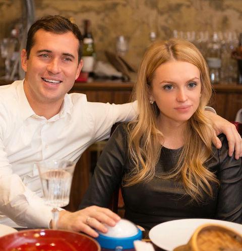 Александр Кержаков разрешил жене увидеть сына