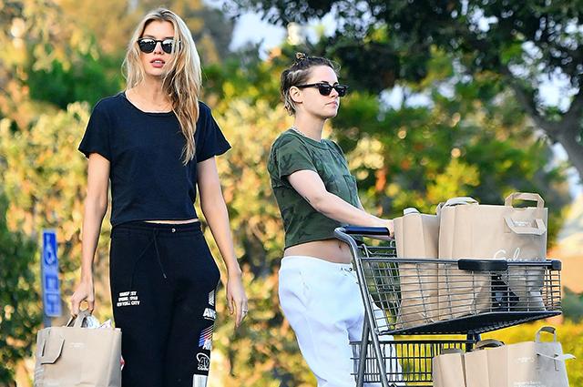 Кристен Стюарт вышла на шопинг со своей девушкой Стеллой Максвелл