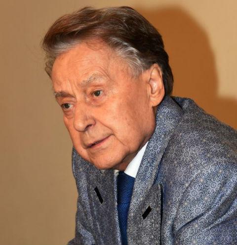 Поэт Андрей Деменетьев умер после долгой болезни