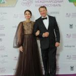 Российские звезды оценили фильм про любовный треугольник