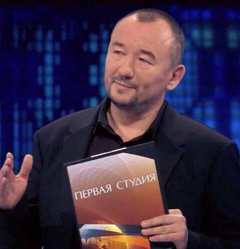 Ведущий «Первого канала» готов уволиться из-за мата в адрес футбольных фанатов