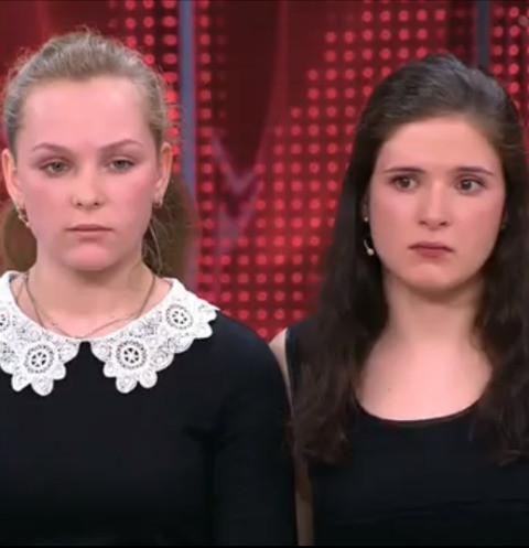 40011 Вологодские студентки попали в секс-скандал с режиссером