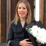 41876 Ксения Собчак продемонстрировала кольцо по цене элитной квартиры