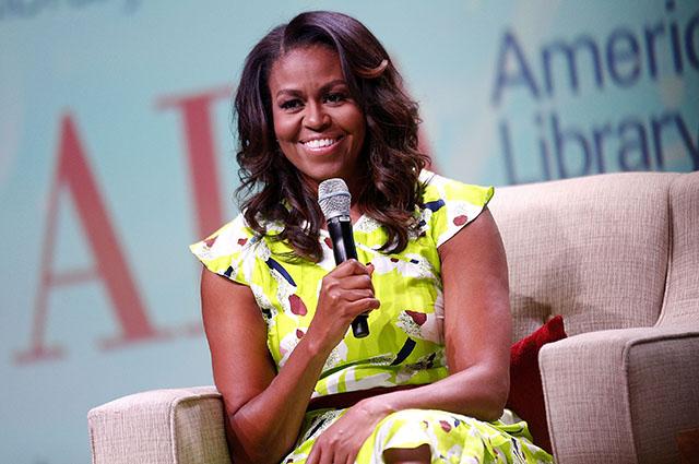 Мишель Обама в компании звездных друзей снялась в агитационном видео в преддверии промежуточных выборов в США