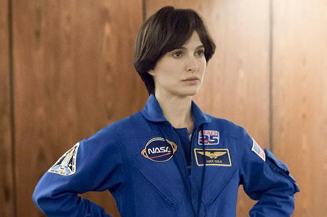 Неузнаваемая Натали Портман в роли астронавта в фильме «Бледная синяя точка»: первое фото