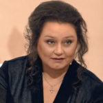 «Она потеряла два литра крови»: звезда сериала «Сваты» рассказала об убийстве матери