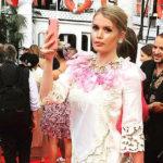 41300 Племянница принцессы Дианы Китти Спенсер стала звездой вечеринки Dolce & Gabbana на озере Комо