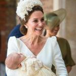 41492 Принц Уильям и Кейт Миддлтон крестили младшего сына. ФОТО