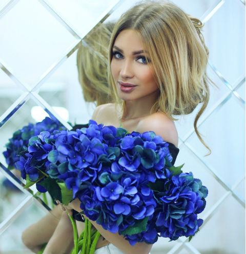 Женя Феофилактова рассказала, как ей изменял Антон Гусев