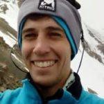 42542 Существует жесткое правило у альпинистов — На высоте 6 тыс. метров людей не спасают! Но этот парень не смог бросить умирающую девушку!