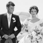 42970 Минутка ретро: как свадебное платье Жаклин Кеннеди было безнадежно испорчено за десять дней до ее бракосочетания