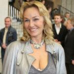 42998 Наталья Андрейченко открыла школу хороших манер