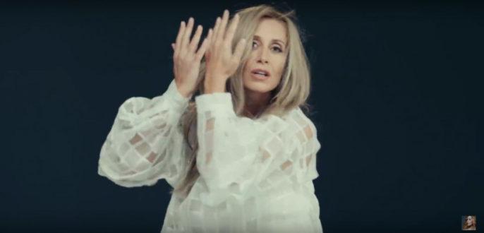 Lara Fabian — Papillon, новый клип
