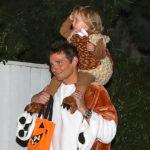 43538 Брэдли Купер вместе с дочкой Леей отметил Хеллоуин в гостях у Кейт Хадсон