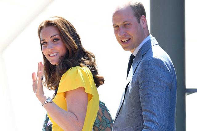 43724 Кейт Миддлтон и принц Уильям учатся у Меган Маркл и принца Гарри быть нежными на публике