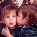 43607 Сёстры-близнецы сменили пол и стали братьями — вот, как сложилась их судьба